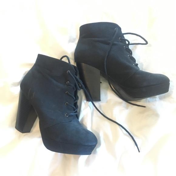 Merona Shoes | Black Heel Booties